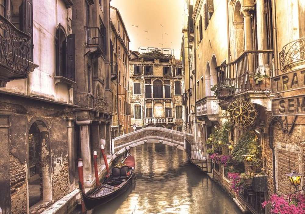 Canals of Venice  - C0226