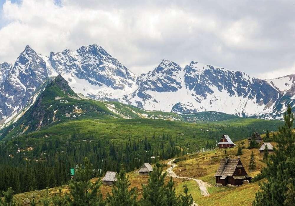 Mountain Village - C04133