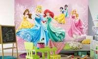 фототапет бал с принцеси 1