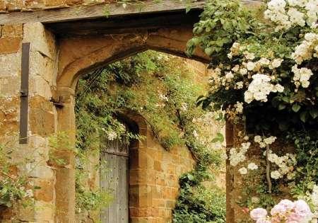 Garden Doorway - C02155