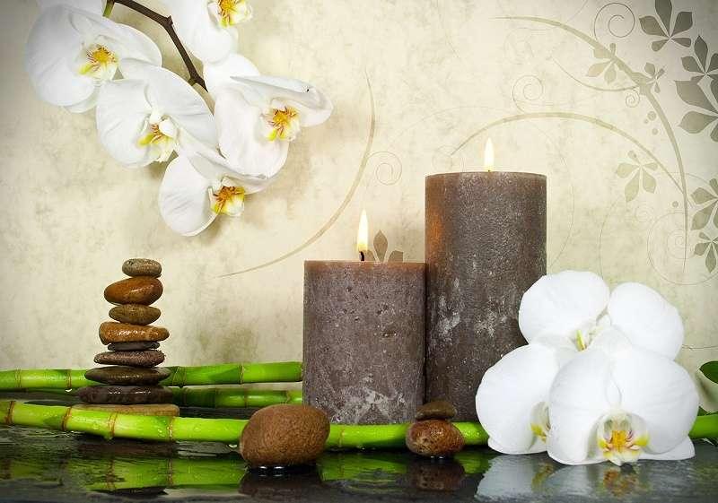 фототапети зен свещи и бяла орхидея
