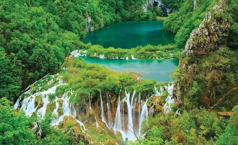 Фототапет уникален водопад