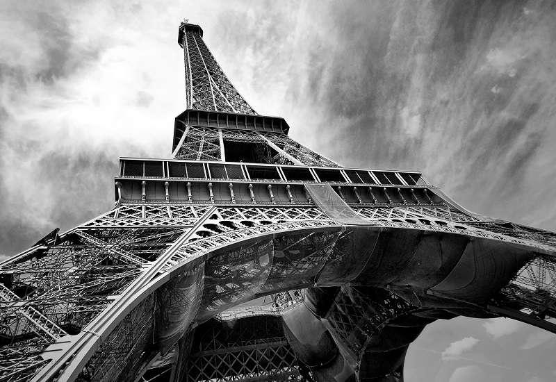 Фототапет с черно бяла айфелова кула