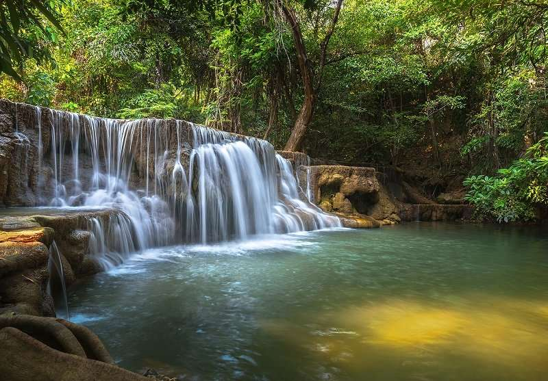 Фототапет чуден пейзаж с водопад